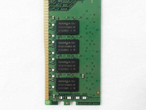 SMD4-U16G48Y-26V-D 2666 8Gx2 C19 NANYA 02 PCパーツ SanMaxPC用メモリー デスクトップ用