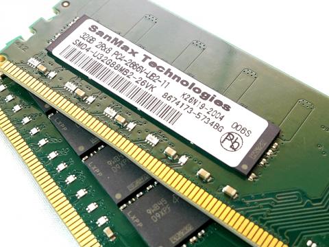 SMD4-U64G88M-26V-D D4 2666 32Gx2 C19 MT 03 PCパーツ SanMaxPC用メモリー デスクトップ用