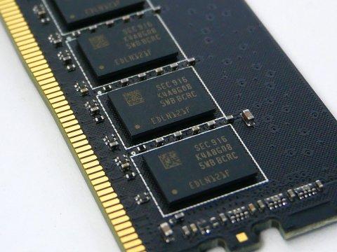 OCM3200CL16Q-32GBND D4-3200 8G*4 C16 03 PCパーツ PCメモリー デスクトップ用