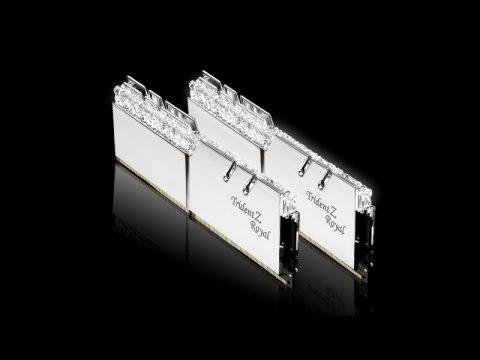F4-3200C14D-16GTRS 01 PCパーツ PCメモリー デスクトップ用