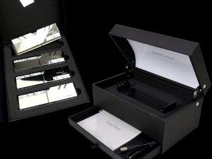 F4-3000C16Q-32GTRSU「Trident Display Box SET」