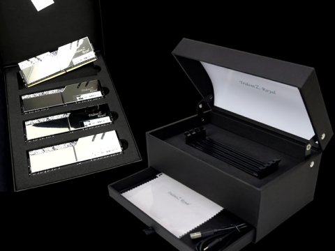 F4-3600C16Q-32GTRSU 01 PCパーツ PCメモリー デスクトップ用