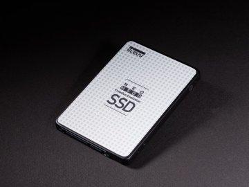KLEVV D120GAA-N500 01 PCパーツ ドライブ・ストレージ SSD