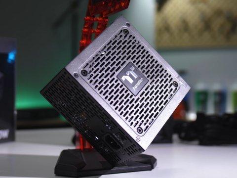 Thermaltake、奥行き140mmの80PLUS PLATINUM認定コンパクトATX電源「TOUGHPOWER PF1」が登場